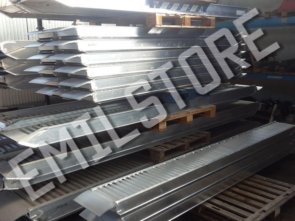 Rampe di carico in alluminio 4 metri h115 prezzo coppia for Rampe di carico per auto