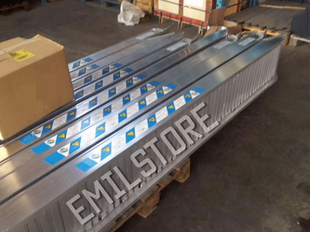 Rampe di carico alluminio 4 5 metri h170 prezzo coppia for Rampe di carico per container